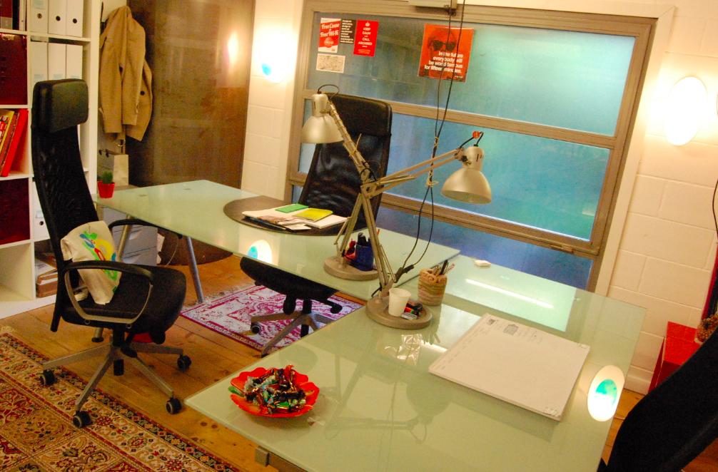 L'ufficio disponibile allo spazio di coworking Cowo Milano/Lambrate.