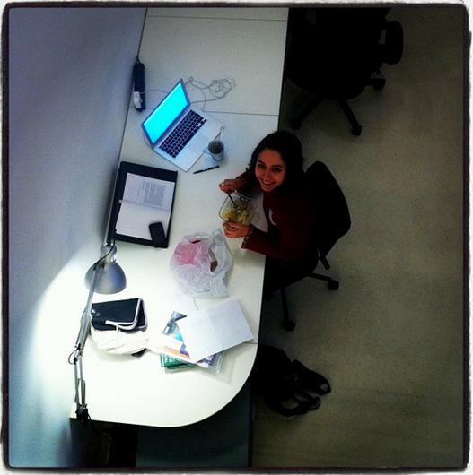 Postazione-coworking-cowo-milano