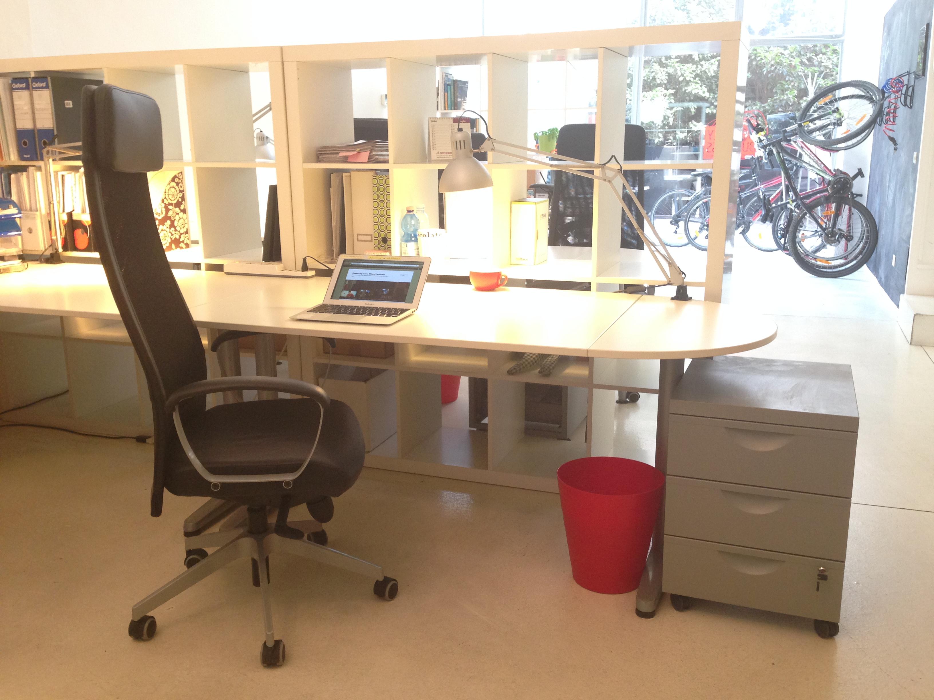 postazione-coworking-affitto