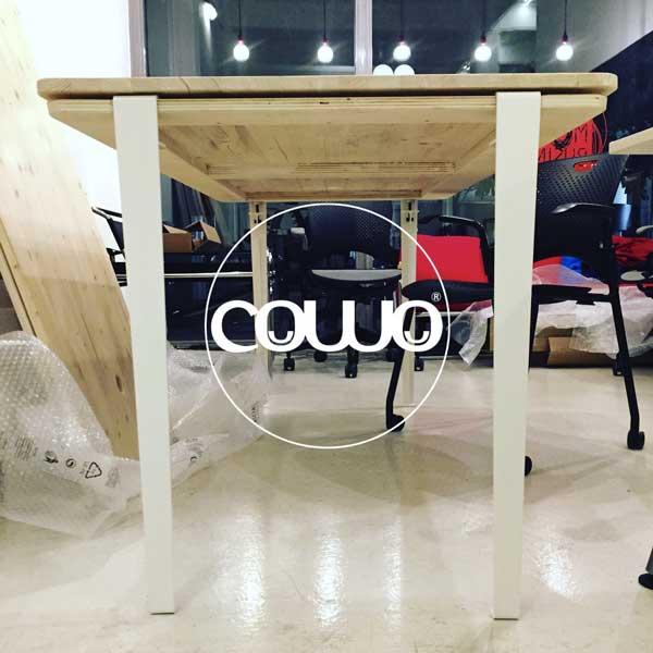 Coworking - Ufficio condiviso di Via Ventura 3 Milano i nuovi tavoli!